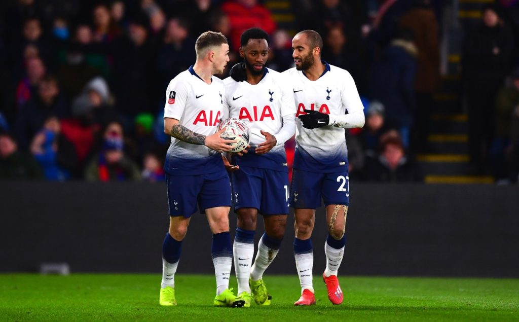 Tottenham forward Georges-Kevin Nkoudou is reported to be in talks with Monaco over a pre-deadline loan move.