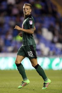 Oscar Threlkeld has returned to Plymouth on a short-term deal, the Sky Bet League One side have announced.