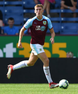 Sunderland have completed the signing of Burnley defender Jimmy Dunne on loan until the end of the season.