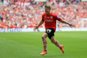 Portsmouth have signed winger Lloyd Isgrove on loan until the end of the season from fellow Sky Bet League One side Barnsley.