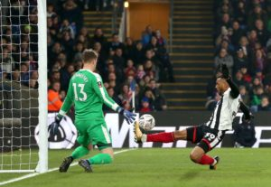 Wes Thomas' first-half goal was enough to give 10-man Grimsby their first win of 2019 as they beat MK Dons.