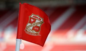 Swindon have announced the dual signing of Canice Carroll and Ben House on loan until the end of the season from Brentford and Reading respectively.