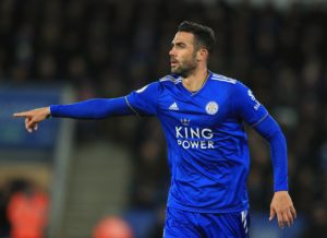 Villarreal have snapped up midfielder Vicente Iborra from Premier League club Leicester City for an undisclosed fee.