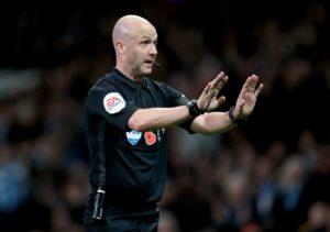 Bournemouth boss Eddie Howe was unhappy with the performance of referee Anthony Taylor following the 2-0 defeat at Everton.