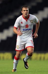 Yeovil have signed striker Ryan Seager on a free transfer from Southampton.