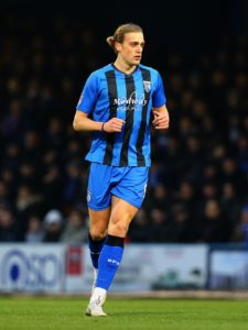 Gillingham striker Tom Eaves came closest to breaking the deadlock as Steve Lovell's side played out a goalless draw with Accrington at Priestfield.