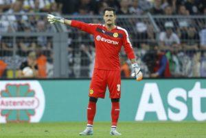 Borussia Dortmund keeper Roman Burki has decided to temporarily retire from international duty with Switzerland.