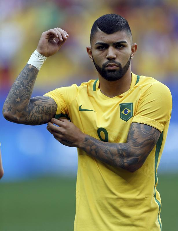 Flamengo have officially confirmed they have signed Inter striker Gabriel Barbosa on loan and he will stay there until December.