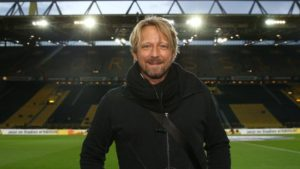 Bayern Munich are not interested in Sven Mislintat, who will leave his position as head of recruitment at Arsenal next month.