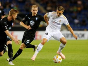 Borussia Monchengladbach are being tipped to bring in Genk winger Leandro Trossard if they lose Thorgan Hazard this summer.