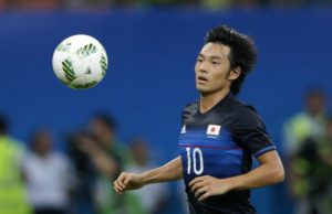 Feyenoord are the latest club to take an interest in Portimonense's Shoya Nakajima but face plenty of competition for the winger.