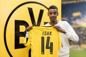 Willem II have completed the signing of Borussia Dortmund starlet Alexander Isak on loan until the end of the season.