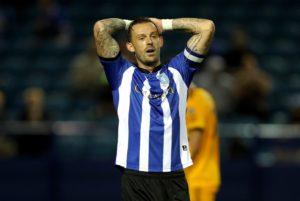 Steven Fletcher scored both goals as Sheffield Wednesday beat Brentford 2-0 to extend their unbeaten run to seven Championship games.