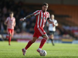 Sunderland have been dealt a blow after forward Chris Maguire was ruled out for up to eight weeks through injury.