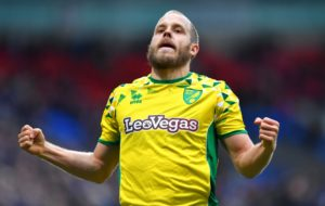 Two-goal Teemu Pukki maintained his outstanding recent scoring form as Norwich eased past struggling Bolton 4-0 to move top of the Sky Bet Championship clash.