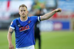 Colchester will check on midfielder Tom Lapslie ahead of the Sky Bet League Two match against play-off rivals Carlisle.