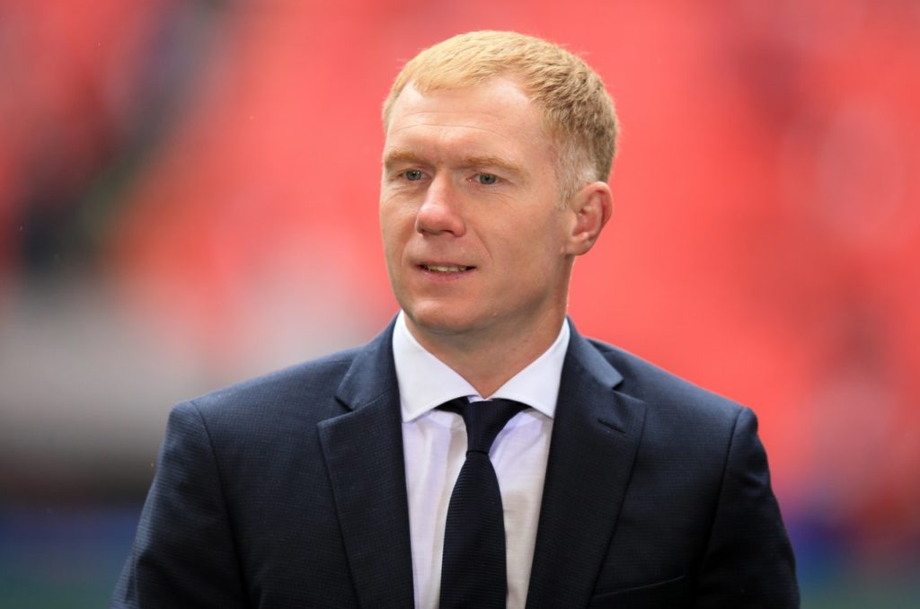 Former Manchester United and England midfielder Paul Scholes is set to be appointed as Oldham's new manager.