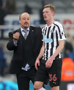 Middlesbrough boss Tony Pulis has heaped praise on the performances of Newcastle United midfielder Sean Longstaff.