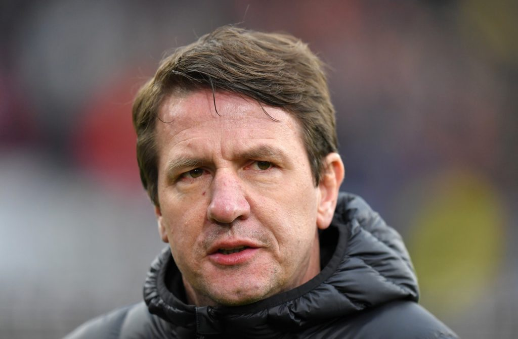 Barnsley head coach Daniel Stendel praised 'leader' Cauley Woodrow after his double helped earn a 2-1 win over Wycombe.