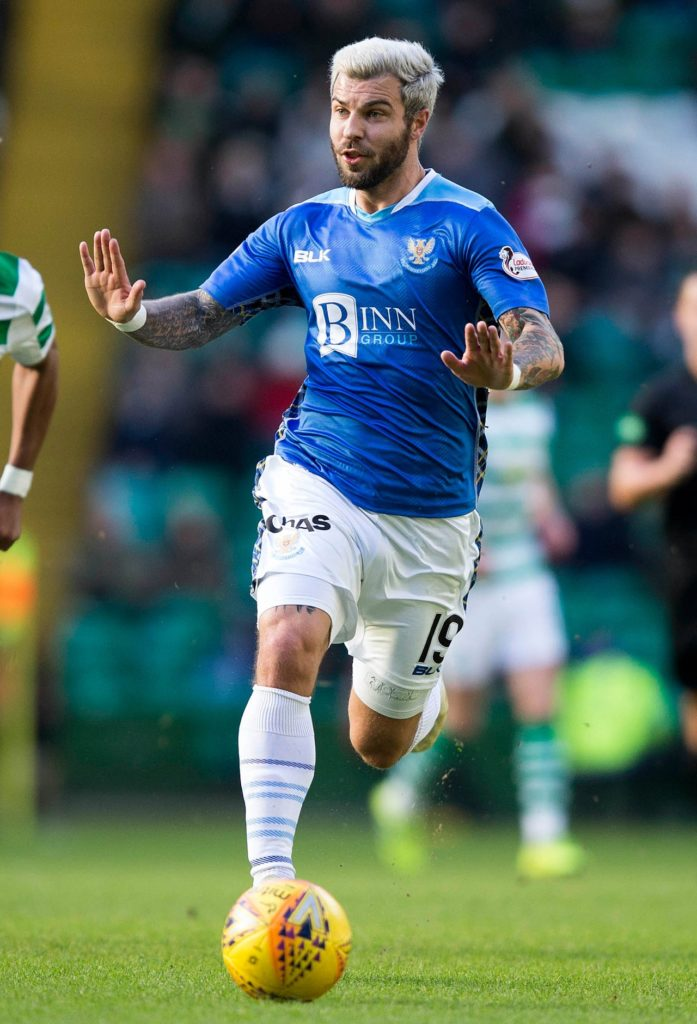 Richard Foster has pledged to act as a guiding hand for St Johnstone's young guns after extending his Perth deal for another year.