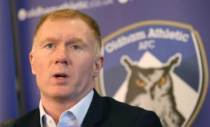 New Oldham boss Paul Scholes hopes to tap into former club Manchester United to give his first foray into management a boost.