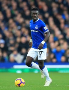 Everton's Idrissa Gueye says he would welcome further interest from Paris Saint-Germain in the summer.