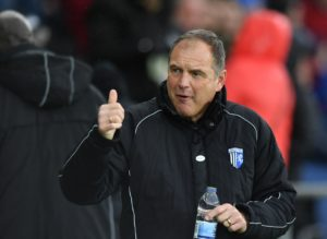 Gillingham manager Steve Lovell was effusive in his praise for star man Tom Eaves after the striker's late penalty salvaged a 1-1 draw at Coventry.