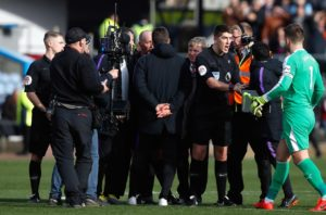 Tottenham boss Mauricio Pochettino has issued a public apology to referee Mike Dean and says he won't appeal his FA charge.