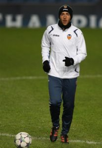 Valencia captain Daniel Parejo has signed a new three-and-a-half-year contract that will see him remain at the club until the summer of 2022.