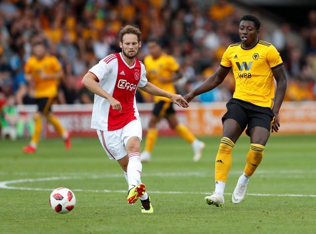 Daley Blind says Ajax are capable of seeing off holders Real Madrid in the last 16 of the Champions League.