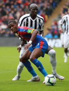 Mohamed Diame says his full focus is on Newcastle's survival fight rather than his own future at St James' Park.