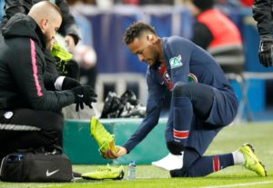 Neymar says he is making good progress from his latest foot injury and hopes to be back ahead of schedule.