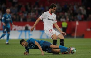 Midfielder Franco Vazquez says he could have moved to the Premier League last summer but had no interest in leaving Sevilla.