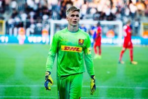 Brentford are chasing the signature of 'charismatic' Dijon goalkeeper Runar Alex Runarsson, according to reports in Iceland.
