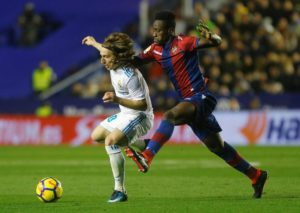 Forward Emmanuel Boateng has departed Levante to join Chinese Super League club Dalian Yifang.