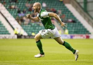 Hibernian took a significant step towards securing a Ladbrokes Premiership top-six place after goals from Marc McNulty and David Gray saw off Motherwell 2-0.