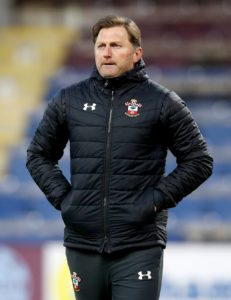 Ralph Hasenhuttl has set Southampton the goal of reaching 40 points as they aim to avoid Premier League relegation.