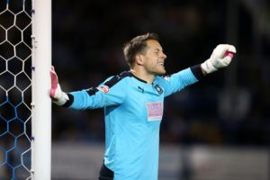Swindon goalkeeper Luke McCormick has signed a one-year contract extension keeping him at the County Ground until the end of the 2019/20 season.