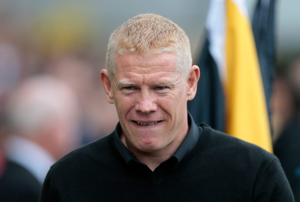 Livingston manager Gary Holt has warned his players they need to pick up points to ensure their Ladbrokes Premiership safety.