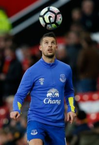 Kevin Mirallas claims he is staying 'calm' about his future, despite admitting he would like to join Fiorentina on a permanent deal.