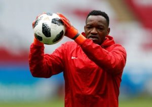 Goalkeeper Steve Mandanda is pushing for a move away from Marseille ahead of the summer transfer window.
