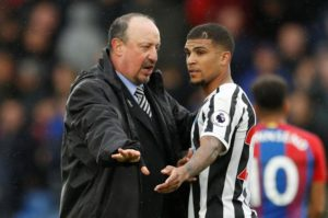 Newcastle right-back DeAndre Yedlin insists the club must do everything they can to keep coach Rafael Benitez this summer.