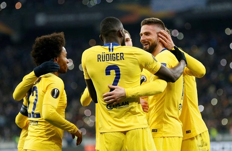 Olivier Giroud netted a hat-trick as Chelsea won 5-0 away to Dynamo Kiev to power through to the quarter-finals of the Europa League.