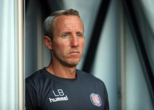 Addicks boss Lee Bowyer praised his Charlton side's impressive reaction to Good Friday's defeat after an emphatic 4-0 demolition of Scunthorpe.