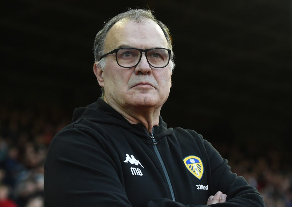 Sheffield Wednesday boss Steve Bruce has praised the impact Leeds' Marcelo Bielsa has had on the Championship.