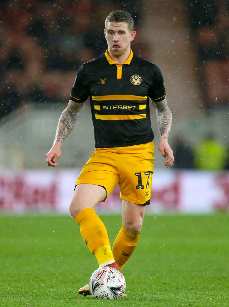 Newport remain on course for a League Two play-off place as Scot Bennett's early goal proved enough to claim a 1-0 triumph over champions Lincoln.