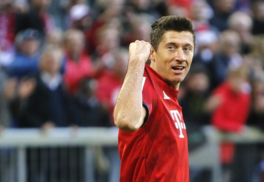 Bayern Munich star Robert Lewandowski has welcomed the signing of Philippe Coutinho.