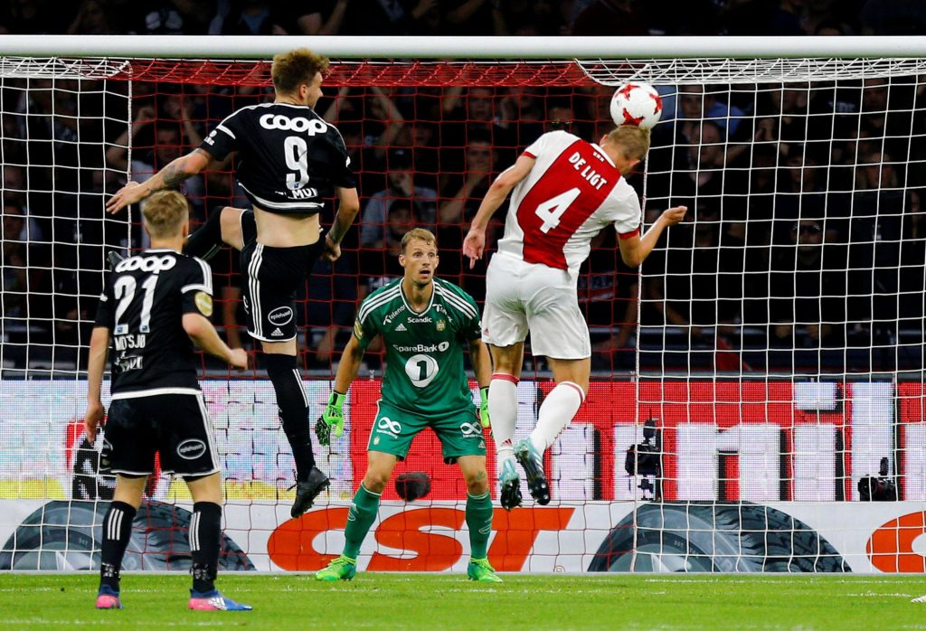 Ajax star Matthijs de Ligt hopes to join Catalan giants Barcelona in the summer, according to Pol Lionch of Willem II.