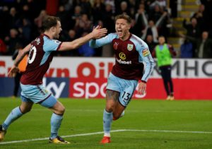 Burnley midfielder Jeff Hendrick has tipped the Clarets to put a dent in Manchester City's title charge on Sunday.