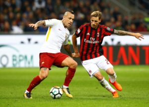 The agent of Lucas Biglia has confirmed that the player wants to stay put at AC Milan despite reported interest from Marseille.